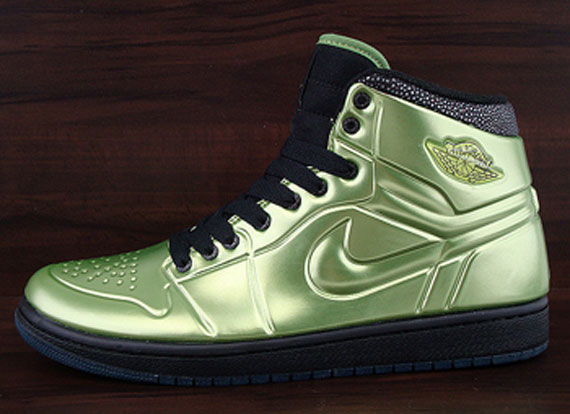 Air Jordan 1 Anodized - Altitude Green / Black
