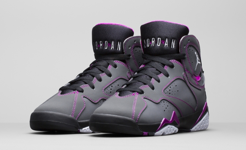Air Jordan 7 GS Valentines Day