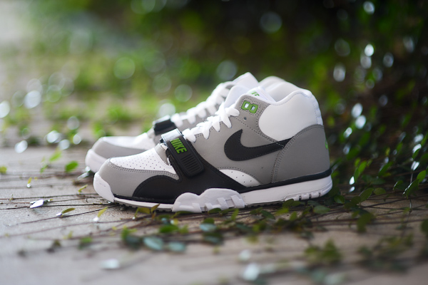 Nike Air Trainer 1 Mid Chlorophyll
