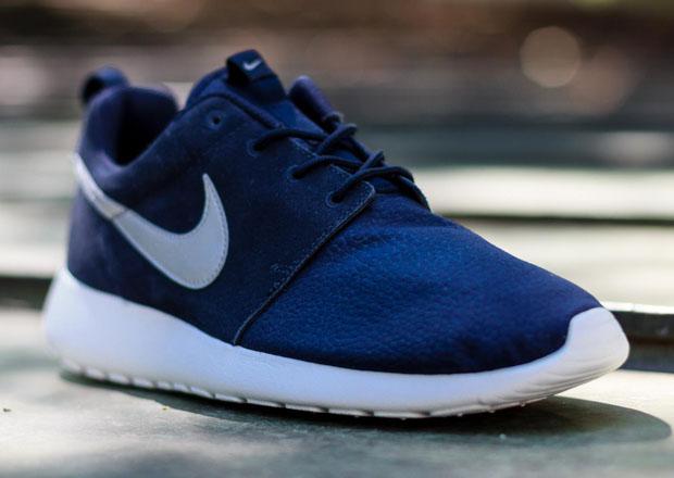 ShoeFax - Nike Roshe Run Suede Obsidian d61034bb4