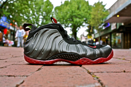 Get up Close With the Nike Air Foamposite One Grey Suede ...