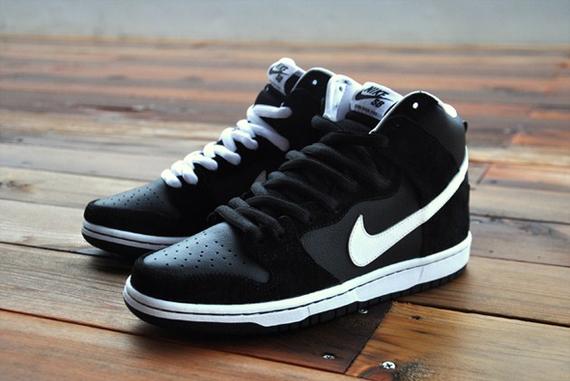 online retailer 73a25 139ae ShoeFax - Nike Dunk High Pro SB Venom