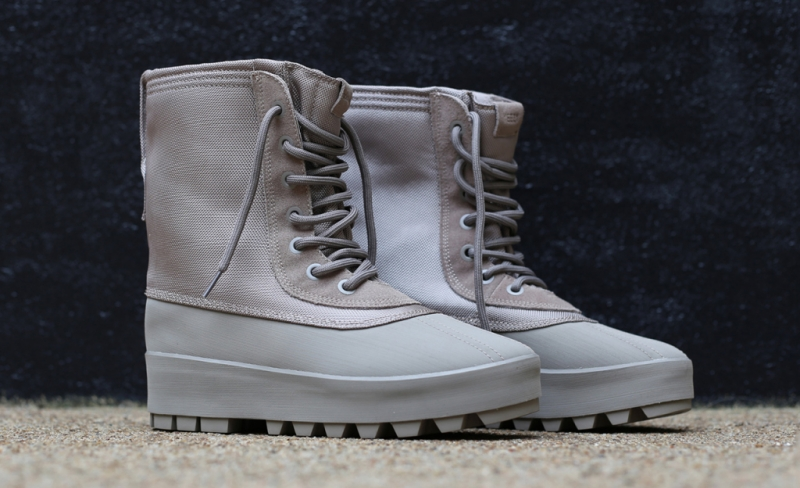 5d8897f31 ShoeFax - Adidas Yeezy Boost 950 Moonrock
