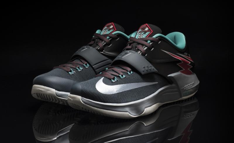 buy online 9687b 4ddd7 Nike KD 7 Thunderbolt